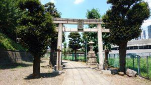 赤羽八幡神社 一の鳥居