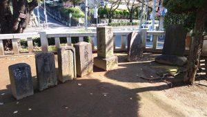 赤羽北諏訪神社 庚申塔・石碑群