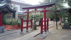 稲荷森稲荷神社 二の鳥居