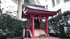 兜神社 社殿