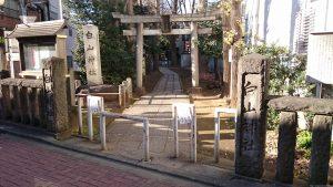 荻窪白山神社 鳥居と社号標