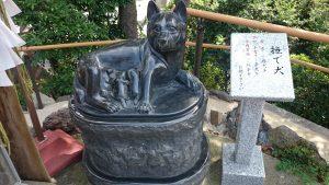 鎮守氷川神社 撫で犬