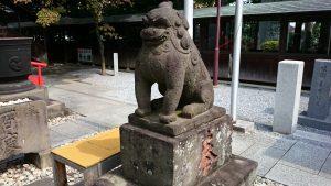 鎮守氷川神社 拝殿前狛犬 阿