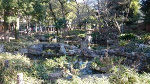 天沼八幡神社 弁天池公園 池