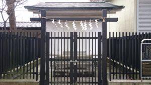 多摩市・小野神社 木造随身倚像