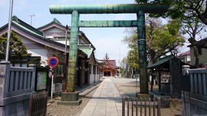 長島香取神社 鳥居と社号標
