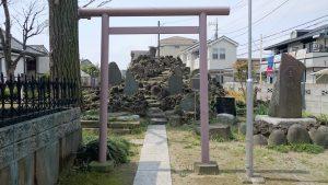 長島香取神社 長島の富士塚(浅間神社) (1)