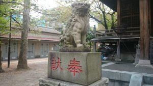 宇迦八幡宮 狛犬 (1)