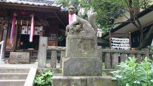 烏森稲荷神社 狐像 (2)