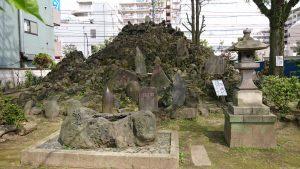 富賀岡八幡宮 砂町の富士塚 (1)