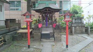 日本橋銀杏八幡宮 銀杏稲荷神社