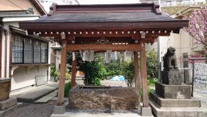 富賀岡八幡宮 手水舎