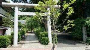 中野氷川神社 平成8年奉納山手通側鳥居