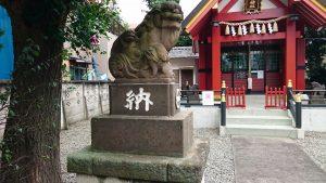 十寄神社(十騎神社) 参道狛犬 (1)
