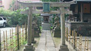 亀有香取神社 亀有香取神社 正一位浮洲稲荷大明神 鳥居
