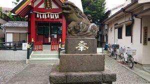 十寄神社(十騎神社) 参道狛犬 (2)