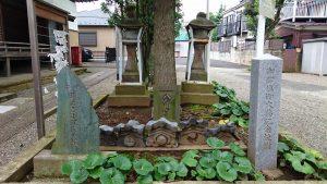 久が原東部八幡神社 石灯籠など