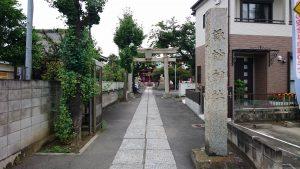 多摩川諏訪神社 鳥居と社号標