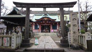 鮫洲八幡神社 鳥居と社号標