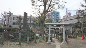 鮫洲八幡神社 境内社鳥居