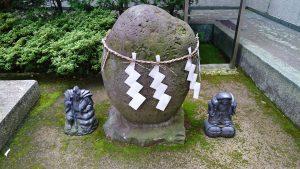 久が原西部八幡神社 力石
