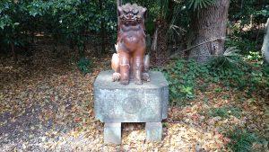 常磐神社 本殿裏備前焼狛犬 (1)