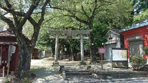 子易神社(板橋) 社頭の鳥居
