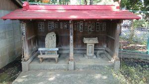 上板橋御嶽神社(桜川御嶽神社) 不動明王立像・石祠