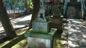上板橋御嶽神社(桜川御嶽神社) 狼像 (1)