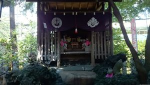 子易神社(板橋) 稲荷神社 社殿