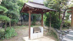 大森諏訪神社境外摂社・金山神社 手水舎