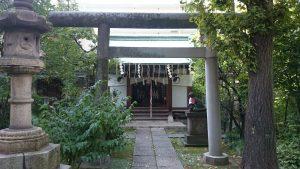 於岩稲荷田宮神社 鳥居