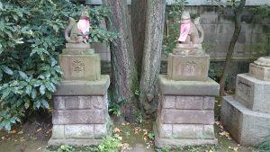 於岩稲荷田宮神社 昭和9年狛狐