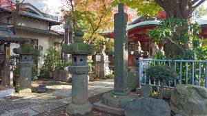 墨田区向島・秋葉神社 石燈籠