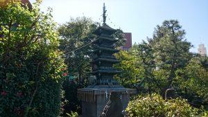 立石熊野神社(五方山熊野神社) 鋳造五重塔