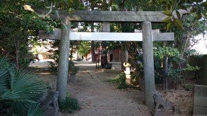 葛西神社 宝暦13年石造鳥居(葛飾区登録有形文化財)