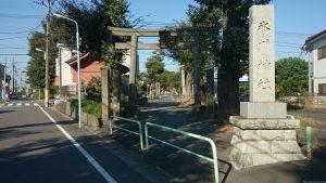 赤塚氷川神社 鳥居と社号標