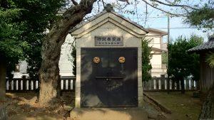 赤塚諏訪神社 神輿奉安庫