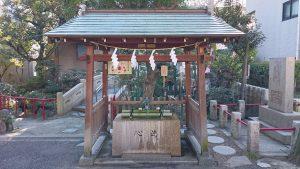 江島杉山神社 手水舎
