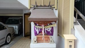 初音森神社儀式殿 稲荷祠
