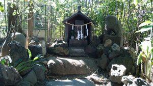 元宿堰稲荷神社 水神社