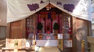 深川稲荷神社 拝殿内