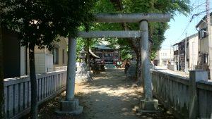 稲城青渭神社 二の鳥居