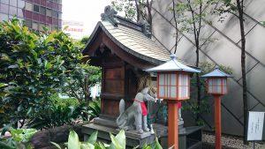 有楽稲荷神社 社殿
