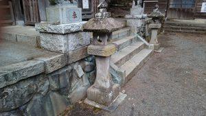 檜原村九頭龍神社 享和元年石燈籠