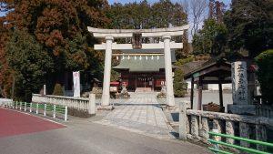 正一位岩走神社 鳥居と社号標