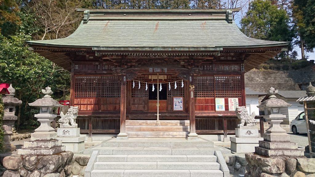 正一位岩走神社
