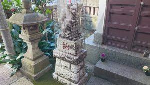 柳橋石塚稲荷神社 神狐像 吽