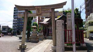 三輪厳嶋神社 鳥居と社号標