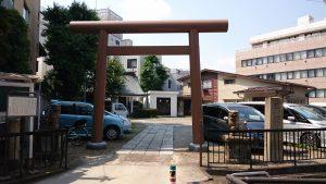 駒込日枝神社(朝日山王宮) 鳥居と社号標